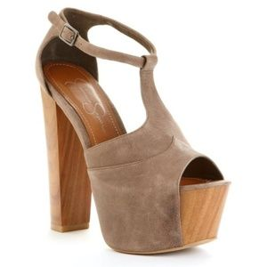 Jessica Simpson Dany Sandals in Taupe